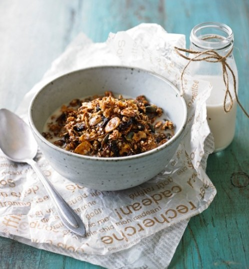 Cranberry & Walnut Granola By Lee Holmes