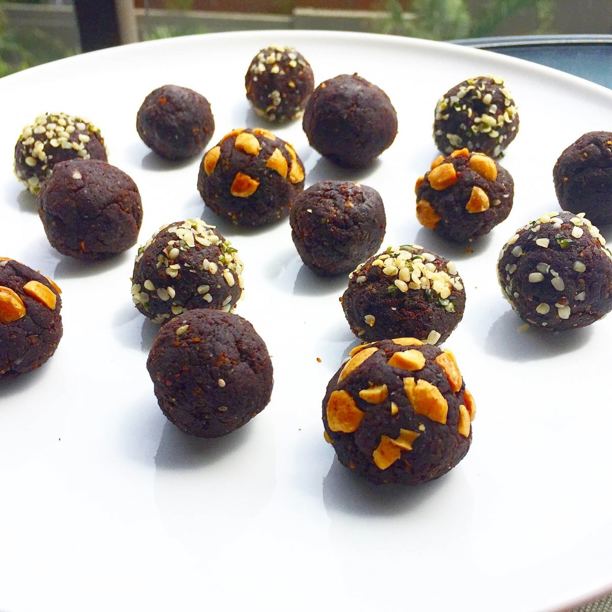 chocolate_truffles_snack.jpg
