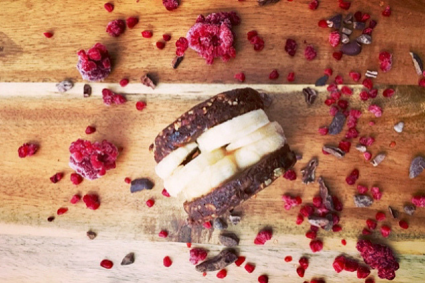 Raw Choc Banana Ice Cream Sandwich Recipe